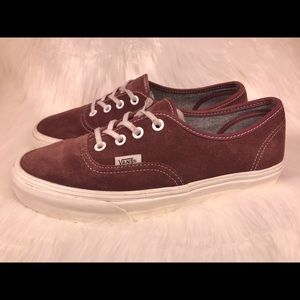 Vans Lace Up Low Top Sneakers Slip On Suede Maroon